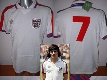 England 1976 Keegan Retro Shirt Jersey BNWT Medium Football Cotton ... 83ded746c