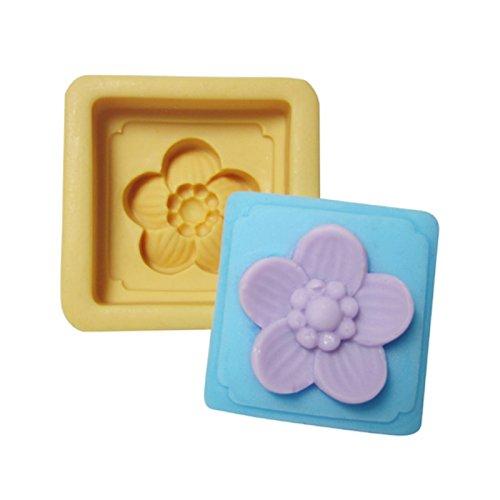 TopMolds - DIY 5 Leaf Clover Flower Soap Mold