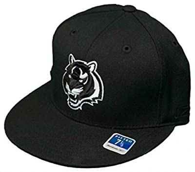 Genuine Merchandise Cincinnati Bengals Fitted Size 7 1/8 Hat Cap Black and White