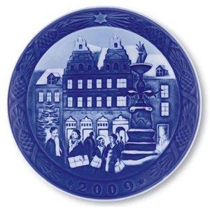 Royal Copenhagen Collectibles Christmas Plate 2009 (Royal Copenhagen Collector Plates)
