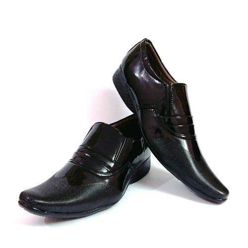 Lee Shine Men Black colour partywear