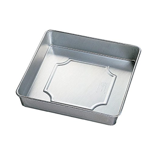 Wilton Aluminum Performance Pans  8 by 2-Inch Square Pan