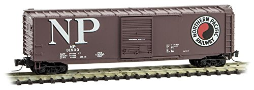 (Micro-Trains MTL Z-Scale 50ft Rib Side Box Car British Columbia/BC Rail #100344)