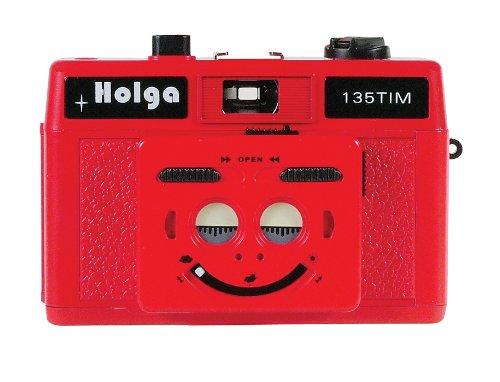 holga-135tim-plastic-camera-red