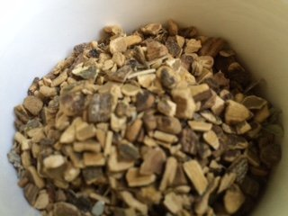 Bark 1 Ounce Herb (Herbs: Prickly ash bark ~ Ravenz Roost Herbs for bitters 1 oz bagged and labeled)