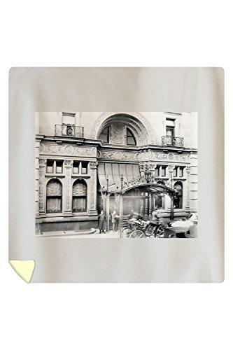 entrance-to-the-waldorf-astoria-hotel-nyc-photo-88x88-queen-microfiber-duvet-cover