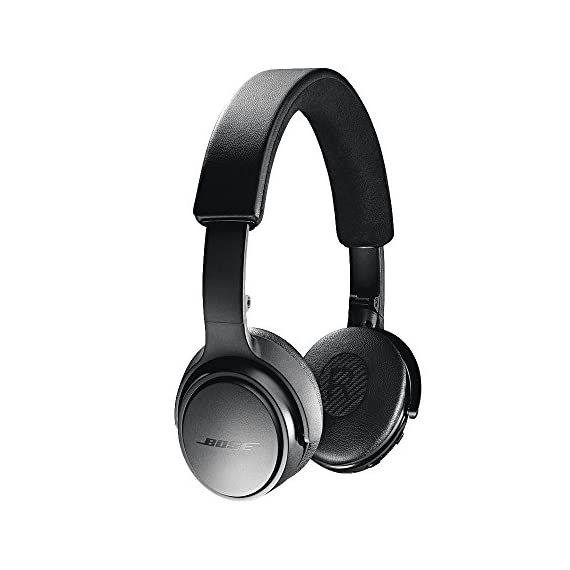 "Bose SoundLink On-Ear Bluetooth Headphones with Microphone, Triple Black 1 Bose SoundLink On-Ear Bluetooth Headphones with Microphone - 47.2"" Audio Cable - 1.3"" USB Cable - Carrying Case - Bose 1 Year Limited Warranty Wireless Range: 30' (9.1m) Battery life: Up to 15 hours"