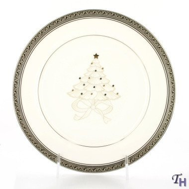 Noritake Crestwood Platinum 9-Inch Holiday Accent Plate