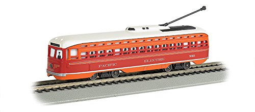 Bachmann Pacific Electric PCC Streetcar with Sparking Trolley Pole