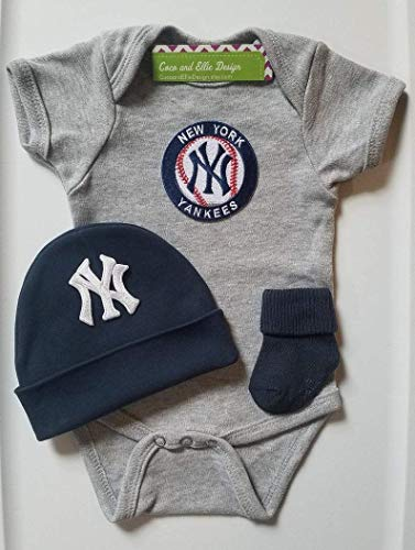 New York Yankees baby boy outfit/Yankees baby clothes boy/Yankees newborn boy/Yankees baby gift/Yankees bodysuit/Ny Yankees baby boy/Yankees newborn/Yankees layette (Outfit Yankee)