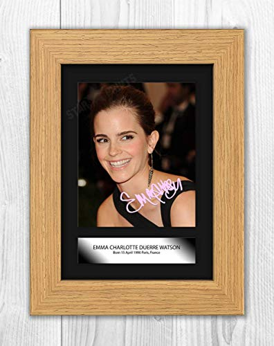 Engravia Digital Emma Watson (1) Mounted Poster Signed Autograph Reproduction Photo A4 Print (Oak Frame)