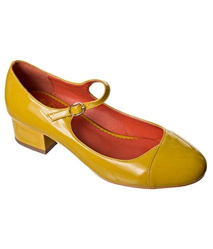 Banned Apparel Pretty Thing Vintage Retro 40s Heels Shoes Banana