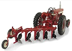 Ertl Farmall 560 Diecast Tractor with Plow, 1:16-Scale