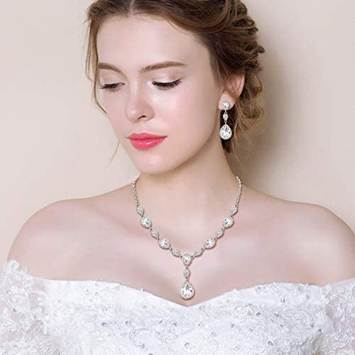 Belle mariée clair autrichienne Crystal Drop Dangle Boucles d/'oreilles mariage Boucles d/'oreilles