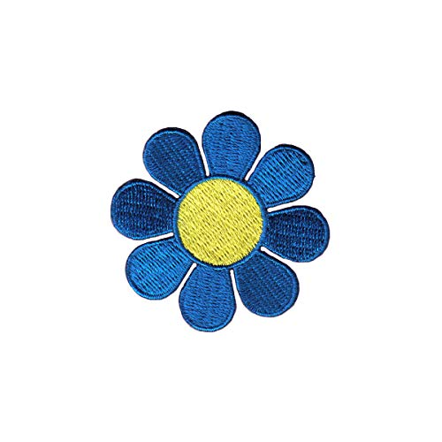 Daisy Blue Petals Yellow Center Patch Cute Flower Embroidered Iron On ()