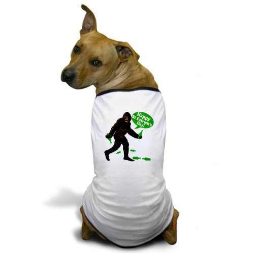 CafePress Happy St Patricks Day Bigfoot Dog T-Shirt - M White [Misc.]