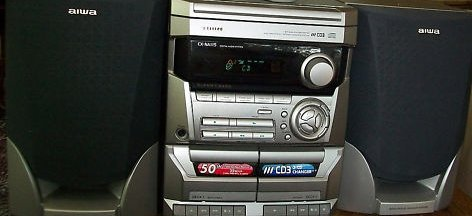 Aiwa CX-NA115 AM/FM Double Cassette 3 CD Stereo System