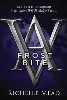 Paperback Frostbite : A Vampire Academy Novel Book