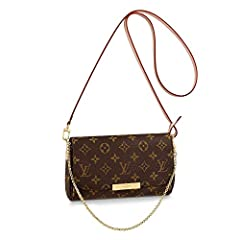 This highly coveted style has very limited availability. The Favorite MM clutch in Monogram canvas can be carried by hand or on the shoulder thanks to its removable leather strap and golden color chain. It opens up to reveal a beautiful burgu...