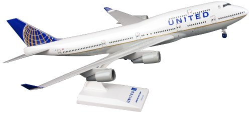 Daron Skymarks United 747-400 Post Co Merge Model Kit with Gear (1/200 -