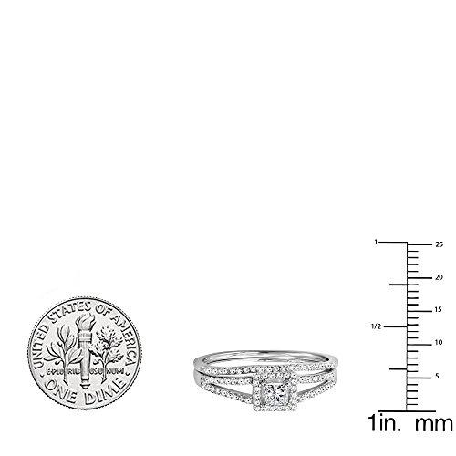 0.45 Carat (ctw) 14K Gold Princess & Round Diamond Halo Engagement Ring Set