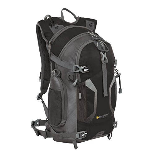 Cheap Outdoor Products Lassen Hydration Pack, Black
