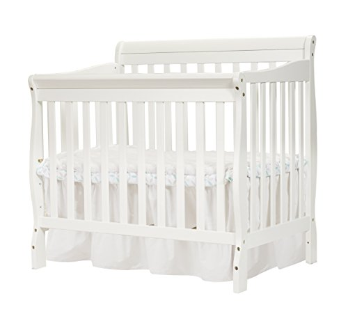 Big Oshi Kayla 4-In-1 Convertible Crib – Modern, Unisex Wood Design for Boys or Girls – Adjustable Height, Low or High – Convertible to Crib, Day Bed, and Twin Bed With or Without Footboard, White