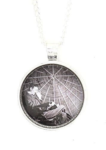 Magic Metal Nikola Tesla Necklace Silver Tone Antique Daguerreotype Portrait Print Pendant NP59 Fashion Jewelry