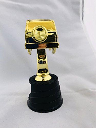Trophy Crunch - Custom Car Show, Pinewood Derby, Racing Trophies - SUV Off Road Wagon - Custom Plate ()
