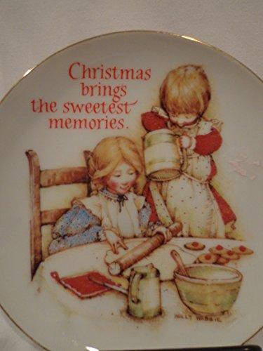 - Holly Hobbie American Greetings Holly Hobbie Sweet Memories Christmas Plate, Christmas Brings the Sweetet Memories