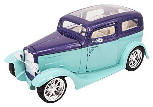 Lucky Die Cast 92848 1931 Ford Model A Sedan Collectors Car ()