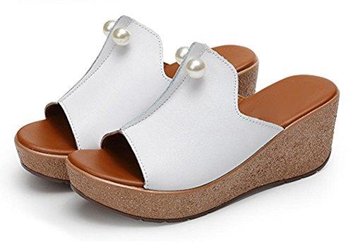 Xiaji canción torta corteza gruesa rebordeados manera sandalias femeninas y zapatillas mujeres de arrastre de palabras exterior zapatillas de desgaste pendiente con hembra White