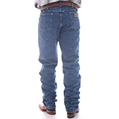 Wrangler Men's George Strait Cowboy Cut Original Fit Jean.  Wrangler's classic fits enhanced by the King of Country. These George Strait jeans are modeled after Wrangler's authentic styles with embellishments by George himself. FEATURES Cowbo...