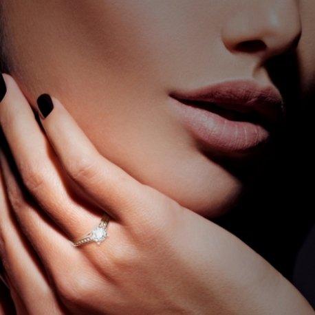 DATIA Bagues Or Rose 18 carats Saphir Blanc 0,6 Rond