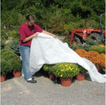 DeWitt Thermal Blanket 2.5 oz 6' x 250' Plant Frost Protection Cloth Freeze Blanket DTB6
