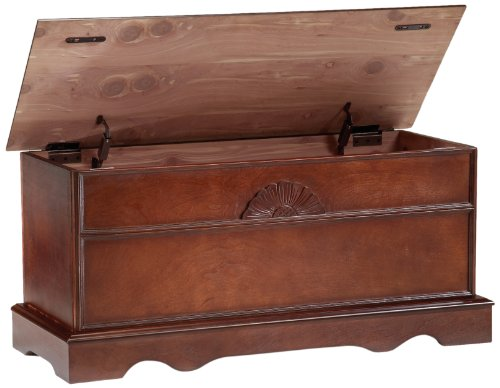 Bernards Cedar Chest, Cherry ()