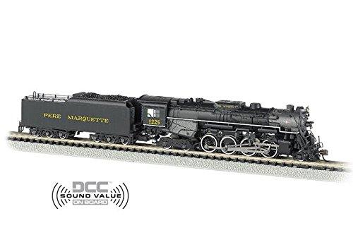 Bachmann Industries Pere Marquette N Scale 2-8-4 Berkshire Steam Locomotive & Tender ()