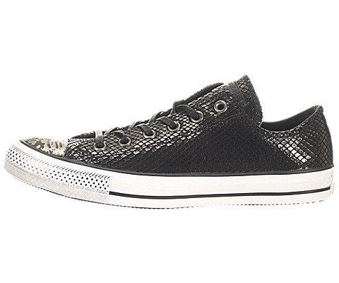 Converse Chuck Taylor Ox Women US 7 Black Sneakers