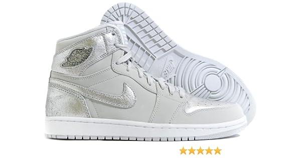 sports shoes a8c55 b3b7a Amazon.com   AIR Jordan 1 Retro HI Silver  25TH Anniversary  - 396009-001    Basketball