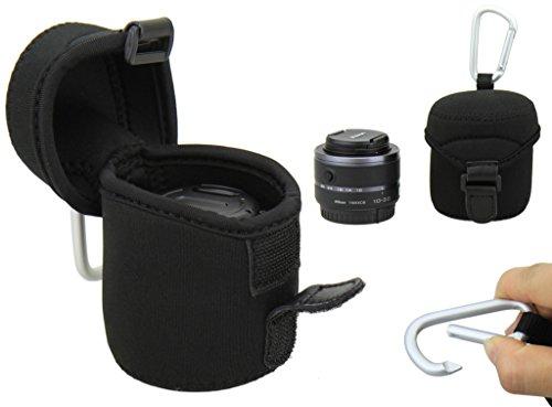 Neopren Schutzhülle / Köcher mit Karabinerhaken - Größe M (62 mm x 68 mm) z.B. Sony 3.5-5.6 16-50 SELP 1650/Nikon 1 Nikkor VR 10-30mm f/3.5- 5.6/Samsung 20-50mm F3.5-5.6 II/Samsung 20-50mm F3.5-5.6/Fujifilm 18mm F2/Olympus M.Zuiko Digital 14-42mm 1:3.5-5.6/Olympus M.Zuiko Digital 14-42mm 1:3.5-5.6 II, etc.