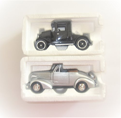 (Set of 2) 1923 Model T Coupe And 1937 Chevrolet Cabrilolet Die Cast Set