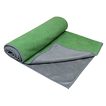 Gaiam Dual-Grip Yoga Mat Towel (Green Vine/Charcoal): Amazon ...