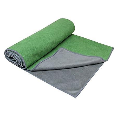 Gaiam Dual-Grip Yoga Mat Towel (Green Vine/Charcoal): Amazon ...