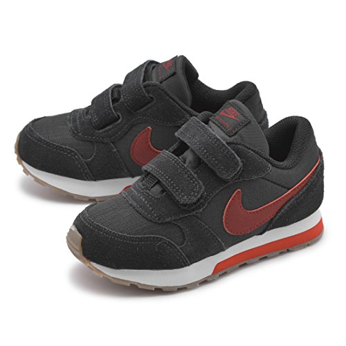 Nike MD Runner 2, Zapatillas de Deporte Unisex Niños Negro (Black)