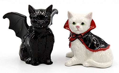 Bat and Dracula Vampire Cats Halloween Salt and Peppers Shakers
