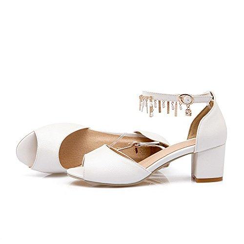 Buckle Toe Open Pu Kitten Women's Heels Sandals AllhqFashion White Solid wIXfxP05q