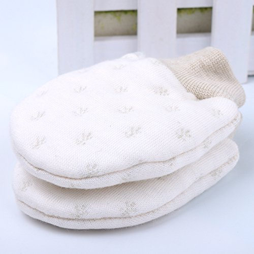 AiXiAng Newborn Unisex Baby Scratch Mittens Gloves 100% Organic Cotton Infant No Scratch Mittens Warm Gloves,3 Pairs Mix Snowflakes Style