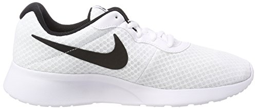 Nike Heren Tanjun Sneakers, Ademend Bovendeel Van Textiel En Comfortabele Lichtgewicht Schokdemping Wit / Zwart