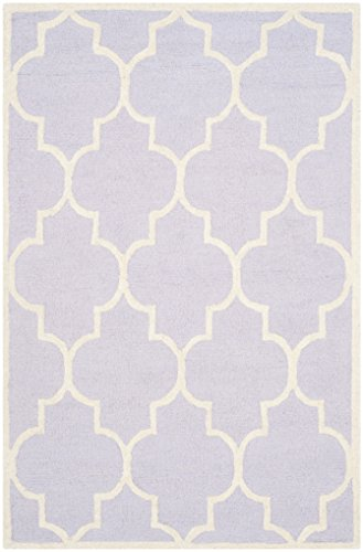 Safavieh Cambridge Collection CAM134C Handcrafted Moroccan Geometric Lavender and Ivory Premium Wool Area Rug (4' x -
