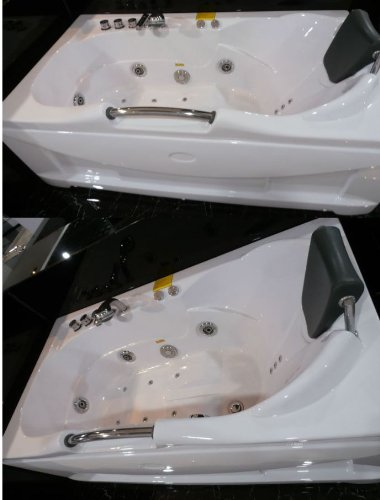 60 Inch White Bathtub Whirlpool Jetted Bath Hydrotherapy 19 Massage Air Jets  Inline Heater Shower Wand Ozone Clean iPod